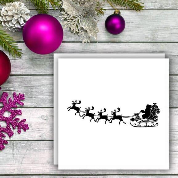 W015_Weihnachtsmann_mit_Rentieren_WV_Kugeln_pink